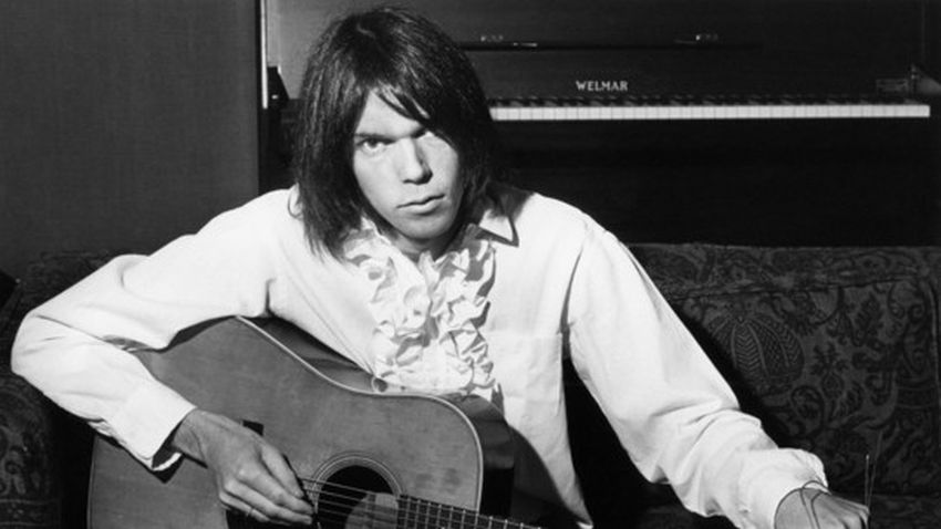 Neil Young Net Worth 2020 - Chart Attack